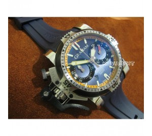 GRAHAM CHRONOFIGHTER OVERSIZE DIVER/DATE...NAVY